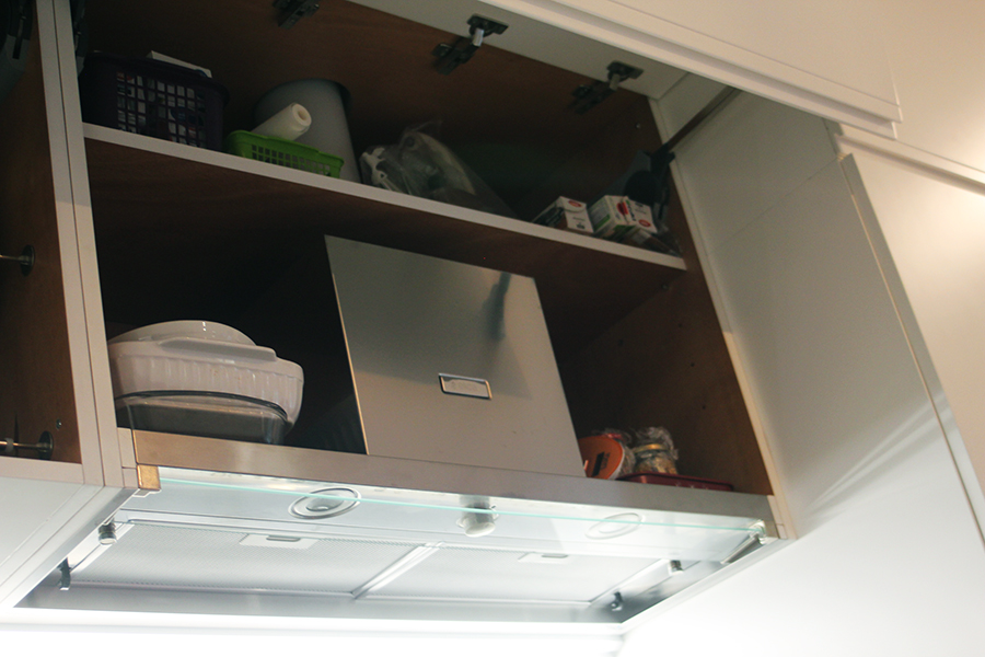 Ristrutturazione appartamento milano progetti di interni - Montaggio cappa cucina ...