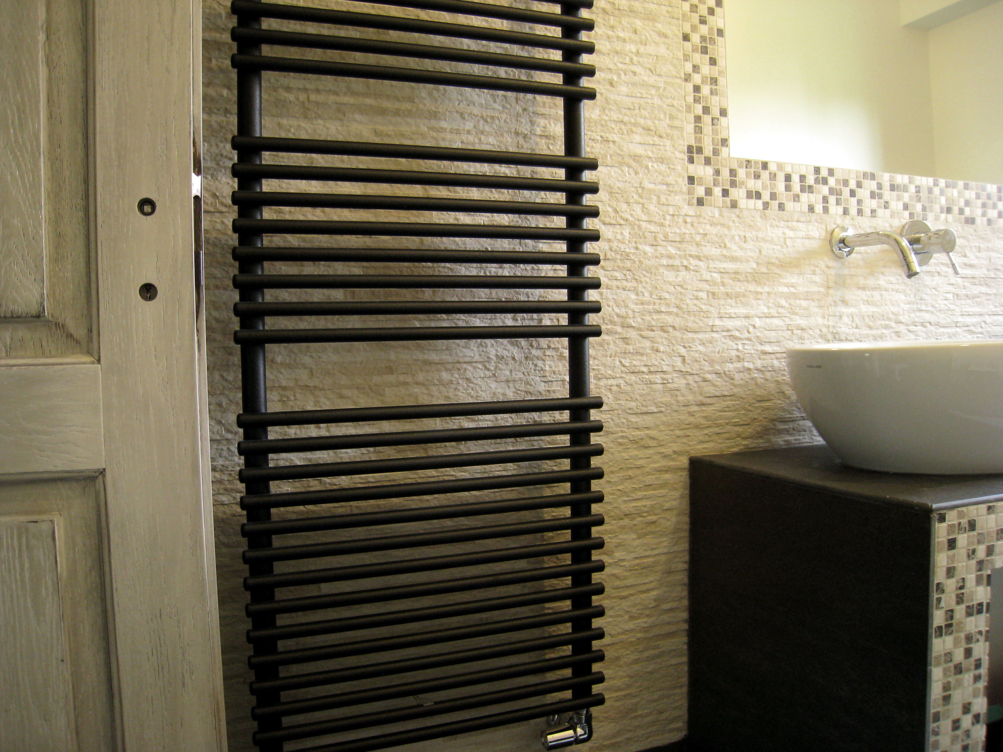 Idee per rifare il bagno progetti di interni - Rifare il bagno di casa ...