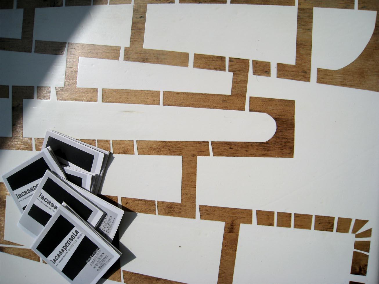 Tavolino basso da soggiorno SAXO, tavolino recuperato e laccato bianco
